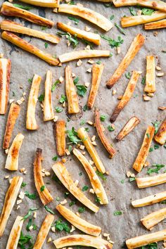 These crispy baked garlic parsnip fries are easy, lower in carbs than potato fries and are served with a bacon aioli for dipping. Paleo and Metabolic Reset, Parsnip Recipes, Paleo Running Momma, Main Dishes, Side Dishes, Clarified Butter Ghee, Baked Garlic, Fried Potatoes