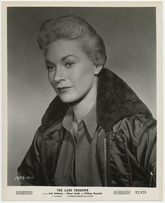 Shirley Patterson in The Land Unknown Hollywood Stars, Old Hollywood Glamour, Star Wars, Canadian Actresses, Good Movies, Movies And Tv Shows, Movie Tv, Actors, Classic