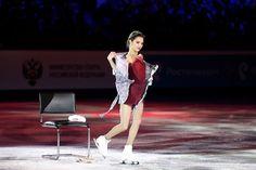 В Челябинске в воскресенье, 25 декабря, состоялось награждение победителей и призёров чемпионата России по фигурному катанию 2017 года, а также прошло закрытие спортивных состязаний
