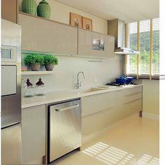 Bom dia!!! Cozinha linda para inspirar . Projeto Mariana Ribeiro