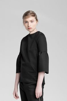 Sustainable fashion for a feminine and effortless style Sustainable Fashion, Normcore, Feminine, Classic, Collection, Dresses, Style, Girly, Swag