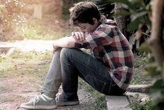 Ένας έφηβος φέρεται άσχημα στα πρόσωπα που ξέρει ότι μπορεί να στηριχτεί. Πολλές φορές οι έφηβοι έχουν μια χυδαία συμπεριφορά και χρησιμοποιούν
