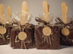 love this idea with popsicle sticks in your brownies to individually wrap! gonna try it next time! Bake Sale Packaging, Brownie Packaging, Baking Packaging, Dessert Packaging, Chocolate Packaging, Brownie Pops, Brownie Bar, Dessert Boxes, Cute Desserts