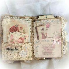 ideas for junk journal Fabric Journals, Journal Paper, Book Journal, Bullet Journal, Fabric Books, Handmade Journals, Handmade Books, Vintage Cards, Vintage Paper