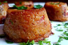 I tortini di patate e peperoni sono un ottimo antipasto ma anche un contorno elegante e sfizioso da servire in tantissime occasioni, anche nelle più formali. Ecco la ricetta ed alcuni consigli