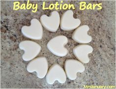 Homemade Baby Lotion Bar --- 1 Cup Coconut Oil 1 Cup Beeswax 1 Teaspoon Vitamin E (Optional) Diy Lotion, Lotion Bars, Homemade Baby, Homemade Gifts, Homemade Beauty Products, New Baby Products, Natural Products, Natural Baby, Home Made Soap