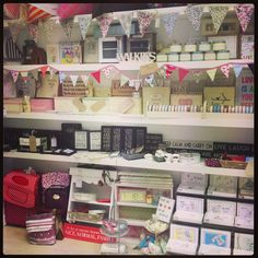 shop displays for small homewears