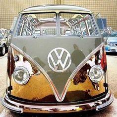 Ein alter VW Bulli neu in Szene gesetzt  ! Was kann man damit Abenteuer erleben. Ein starkes Stück Geschichte.
