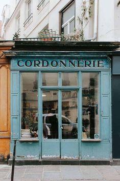 Paris Pictures, Paris Photos, Paris Secret, Coffee In Paris, Paris In Autumn, France Photography, Wedding Photography, Photography Photos, Paris Shopping