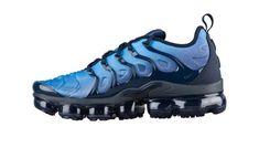 adcc0241a64e9 Mens Nike Air VaporMax Plus Tn Obsidian Photo Blue Black 924453 401 Running  Shoes