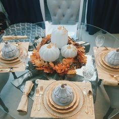 In honor of #nationalpumpkinday here's how I set my table for dinner last night. I love creating themes when I'm setting the table. #tablesetting #tabledecor #fall #pumpkins #tablesettings #falldecor #falltabledecor #zgalleriemoment