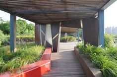 Contemporary Landscape Architecture in China: Beautiful or Dangerous?