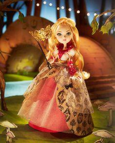 apple-white-thronecoming-doll-attrezzo
