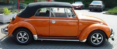 1972 Oettinger Convertible - A 1972 Super Beetle Convertible Paintwork Brilliant Orange Volkswagon Bug, Car Volkswagen, Vw Cabrio, Porsche, Beetle Convertible, Vw Beetles, Hot Rods, Classic Cars, Vehicles