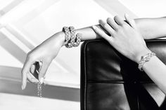 """""""Signature Duo"""" bracelet in 18K white gold set with 2 brilliant-cut diamonds for a total weight of 2 carats and 1178 brilliant-cut diamonds for a total weight of 26.6 carats.  """"Signature de Chanel"""" Collection"""