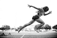 fitbodymindsoul:    Damn I love track and field! I'm watching the USA Indoor Track and Field Championships!