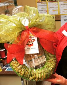 Bird feeder Christmas gift set! Packaged gifts available at Sherwood Park Home Hardware