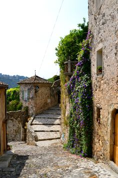 Biot, France: a glass blowers paradise                                                                                                                                                     Plus
