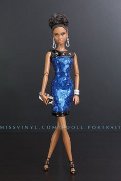 Barbie Look Night Out                                                                                                                                                      Plus