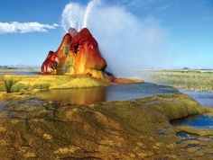 Fly Geyser is a little-known tourist attraction in North America, which is located on a high desert plateau adjacent to the Black Rock Desert in northwestern part of Nevada in USA.