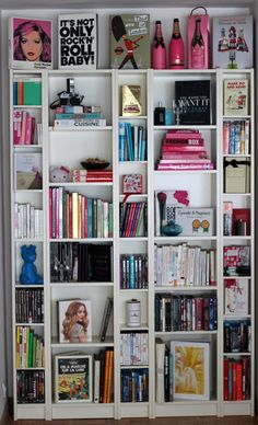 Style playground: How to style your bookshelves
