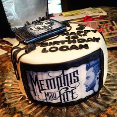 Raddest cake ever made. Is the iPod made of frosting? My mind is blown Photo by mattymullins Fire Cake, Memphis May Fire, Cool Bands, Frosting, Cake Decorating, Birthday Cake, Cupcakes, Ipod, Desserts