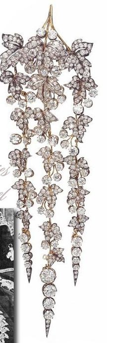 Empress Eugénie's Diamond Pendant Hair Ornament. Designed by the Parisian firm of Bapst, for Empress Eugénie wife of Napoléon III.  Auctioned off in 1887 after the Revolution.