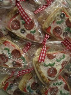 Pizza cookie favors!