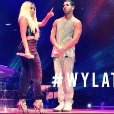Niki Minaj and Drake concert Celebrity Look, Celebrity Crush, Nicki And Drake, Famous Celebrities, Celebs, Drake Concert, Ripped Jeans Look, Aubrey Drake, Rae Sremmurd