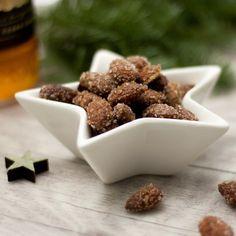 Weihnachten ist auch für alle die auf Kohlenhydrate achten ein kulinarisches Thema. Darum findet ihr hier meine besten 10 Rezepte.
