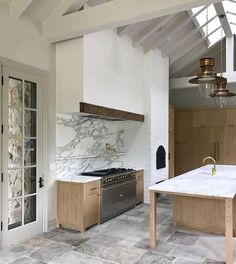 Tips, tricks, and guide when it comes to getting the most ideal result as well as making the max usage of Classy Kitchen Decor Red Kitchen, Kitchen Decor, Barn Kitchen, Kitchen Stuff, Kitchen Hacks, Kitchen Ideas, Luxury Kitchens, Home Kitchens, Country Kitchens