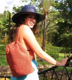 Back Pack. Hand woven in Fique  US$22