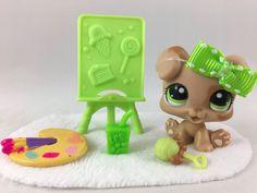 Littlest Pet Shop RARE Tan Boxer Puppy #1353 w/Green Eyes, Easel & Accessories #Hasbro