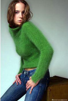 fuzzyfindings: Ramona STYLISTE-DESIGNER CRÉATION-TRICOT FAIT MAIN
