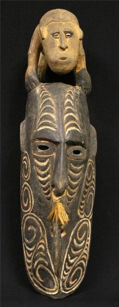 Antique Papua New Guinea Hanging House Mask