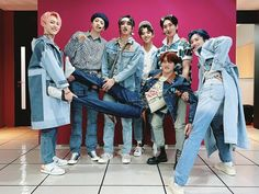 Pentagon Members, Pentagon Kino, Fandom, Cube Entertainment, Ball Gowns, Mom Jeans, Pants, Group Photos, Boys