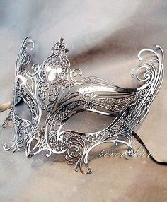 This article is not available - Luxury black laser cut venetian masquerade mask cosplay with spark gap rhinestones – made of ligh - Silver Mask, Silver Masquerade Mask, Mascarade Mask, Silver Filigree, Beautiful Mask, Venetian Masks, Diy Schmuck, Fantasy Jewelry, Mardi Gras