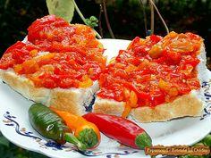 Tocanita de ardei şi roşii este o mâncare tradiţională în Cehia, Slovacia (lečo), Germania (Letscho) sau Polonia ( leczo), în Ungaria ...