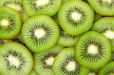 Fogyókúrák       A magas élelmirost- és gyümölcssavtartalmú kivi szinte leolvasztja rólad a fölös kilókat.