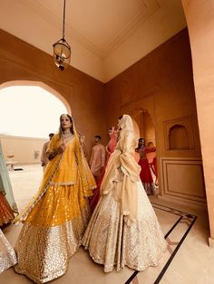Indian Gowns Dresses, Bride Dresses, Beautiful Pakistani Dresses, Lehenga, Sarees, Spring Couture, Brown Girl, Traditional Outfits, Fashion Coat
