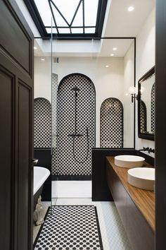 Bathroom Design Inspiration, Bathroom Interior Design, Interior Design Living Room, Hotel Room Design, Toilet Design, Minimalist Home Interior, Classic Bathroom, Luxury Homes Interior, Hotel Bathrooms