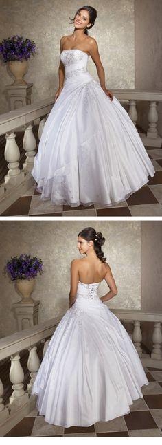 Quinceanera Ball Dress Sweet Sixteen Dress Designer Style MBD8242 Sweet Sixteen Dresses, Sweet 16 Dresses, Sweet Dress, 15 Dresses, Ball Dresses, Pretty Dresses, Ball Gowns, Wedding Dresses, Quinceanera Dresses