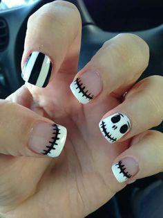 Cute Jack Skellington Nightmare Before Christmas Nails. Are you looking for easy Halloween nail art designs for October for Halloween party? See our collection full of easy Halloween nail art designs ideas and get inspired! Easy Nails, Easy Nail Art, Simple Nails, Cute Nails, Pretty Nails, Easy Disney Nails, Gorgeous Nails, Christmas Nail Designs, Halloween Nail Designs
