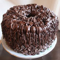 Oh my gosh!  This is my next birthday cake! (The one time a year I let myself cheat on the baked sweets ;c))