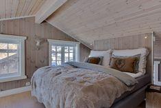 Hytte Beito - Vyrk Cabana, House Ideas, Houses, Flat, Interior, Furniture, Home Decor, Homes, Bass