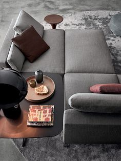 A diamond shaped living room can be the right solution for you who need a spacious living room. Find ideas and inspiration for your living room improvement. Sofa Furniture, Luxury Furniture, Furniture Design, Minotti Furniture, Modern Furniture, Outdoor Furniture, Rustic Furniture, Furniture Storage, Repurposed Furniture