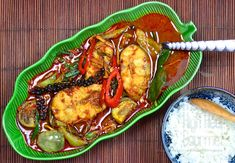 Authentic Thai Jungle Curry with Cat Fish, Kaeng Pa Pla Dook – Thai Curry Spicy Recipes, Curry Recipes, Asian Recipes, Healthy Recipes, Ethnic Recipes, Catfish Recipes, Jungle Curry, Fish Curry, Gourmet