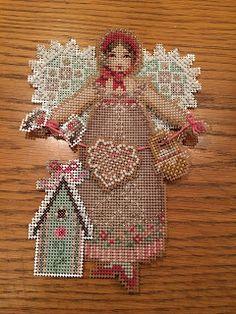LaGrif Bijoux Geometrie e altre creazioni by Maria cristina Grifone. Spirit of Crochet Angel. Design by Broke's Books Publishing. Handmade by LaGrif