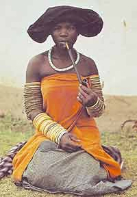 woman in her best dress smoking the typical wooden pipe, Xhosa, South-Africa, African Tribes, African Women, African Art, Tribal Fashion, African Fashion, Xhosa Attire, Tribal Women, Out Of Africa, Women Smoking