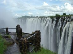 Victoria Falls, Zambia / Zimbabwe.    one day I will make it here. . .